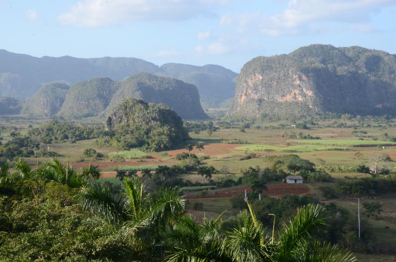 splendid-scenery-in-vin%cc%83ales