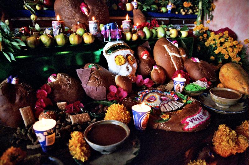 05 Modesto's Altar