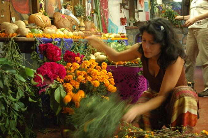 4 Moniquita Sorting Flowers